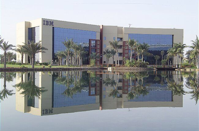 Pardoseli tehnice suprainaltate - Internet City - Dubai MERO - Poza 4