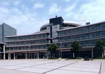 Pardoseli tehnice suprainaltate - MDR Radio Centre Halle - Germania MERO - Poza 5