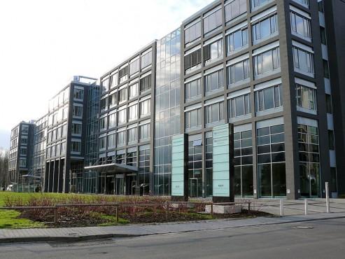 Pardoseli tehnice suprainaltate - Office Park Taunus Eschhborn - Germania MERO - Poza 5