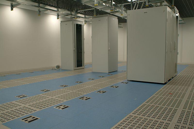 Pardoseli tehnice suprainaltate - SAP St. Leon-Rot - Germania MERO - Poza 4