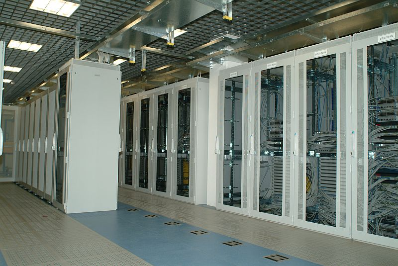 Pardoseli tehnice suprainaltate - SAP St. Leon-Rot - Germania MERO - Poza 1