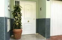Usi rezidentiale pentru intrare ANDREU