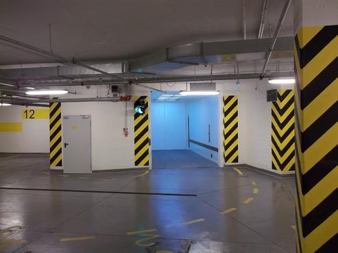 Lucrari, proiecte Ascensor pentru autoturisme - Cladire de birouri - Polonia ELMAS - Poza 4