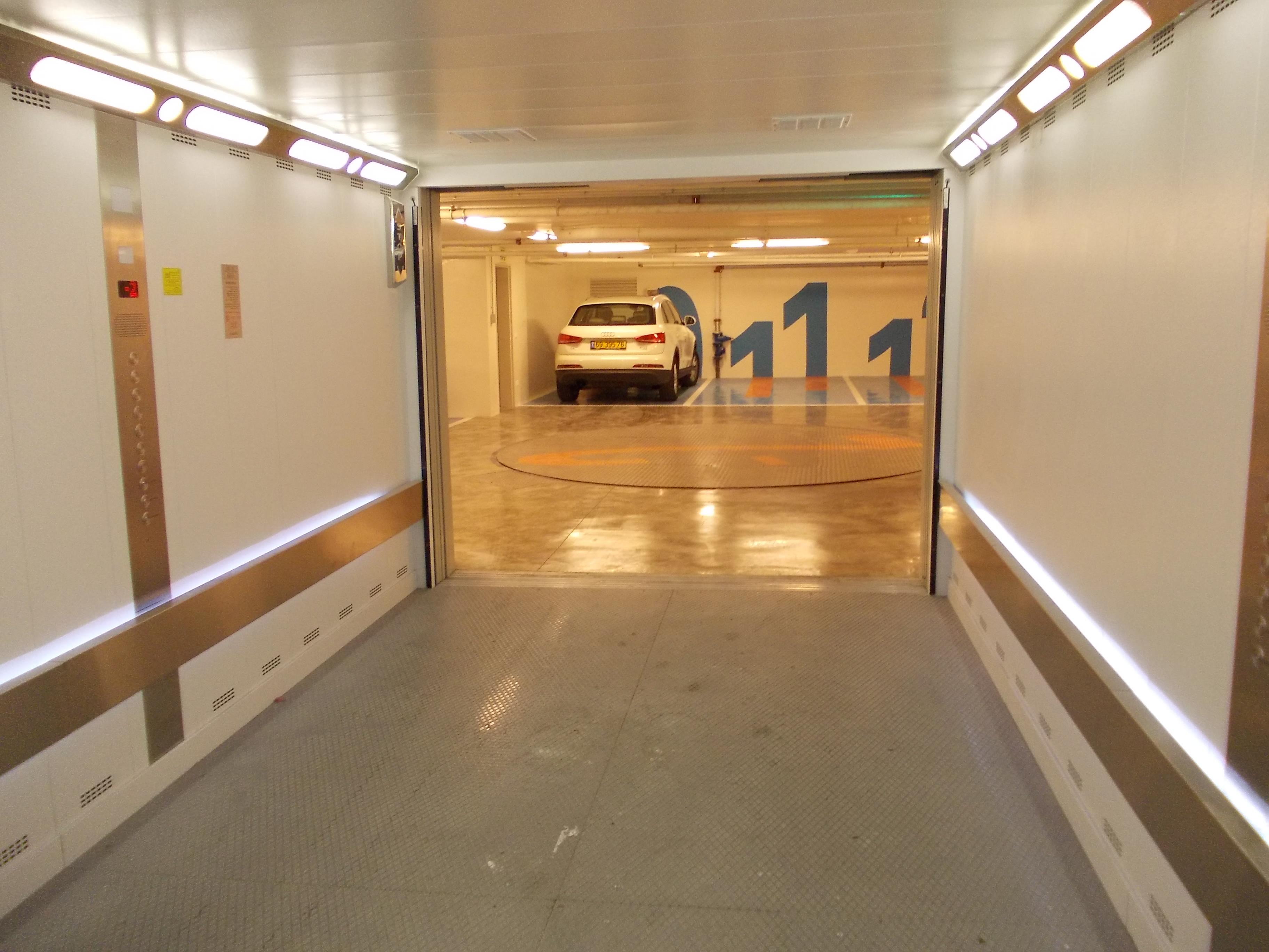 Ascensor pentru autoturisme - Cladire de birouri - Israel ELMAS - Poza 3