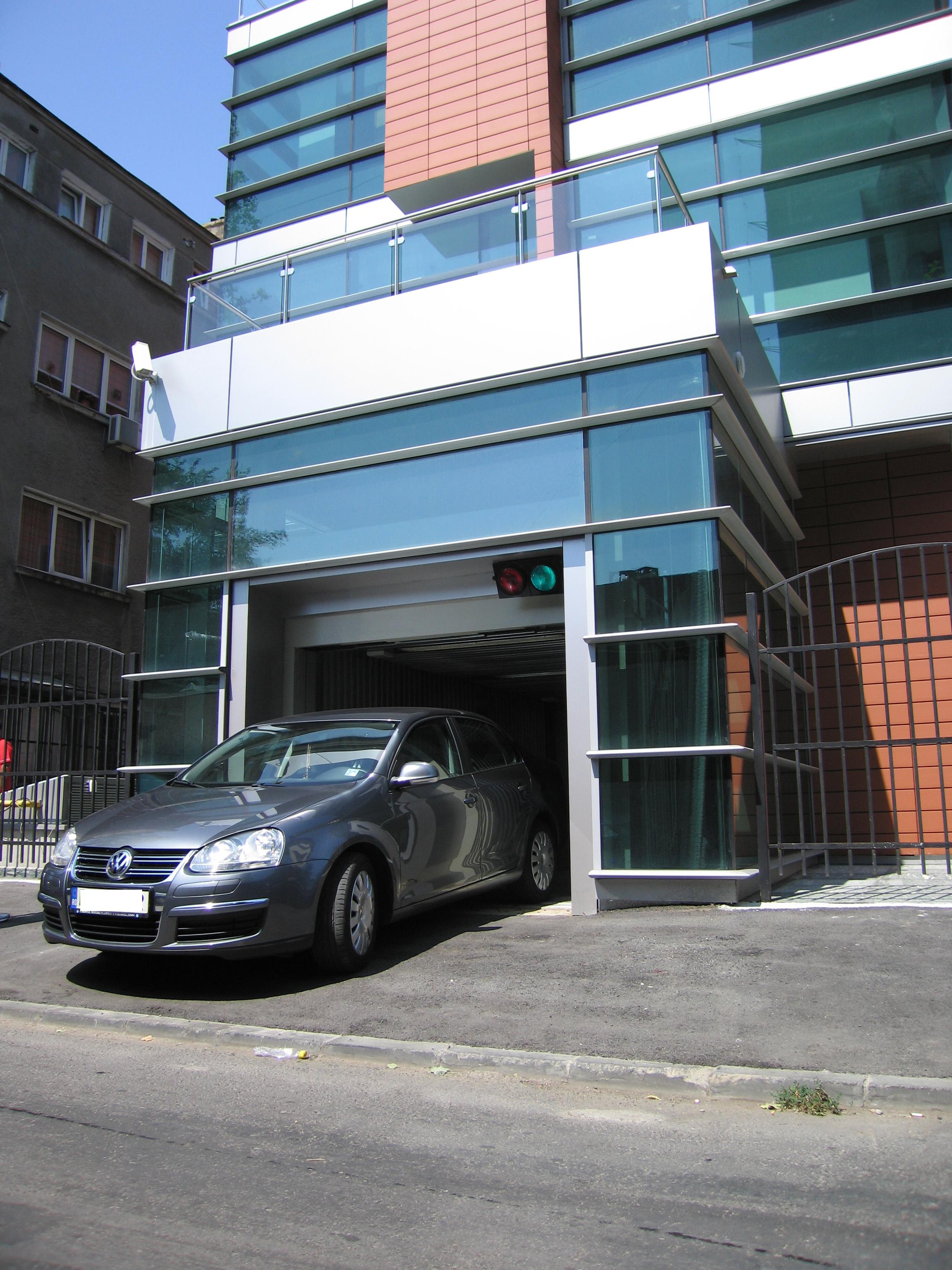 Ascensor pentru autoturisme - Cladire birouri - Bucuresti ELMAS - Poza 2