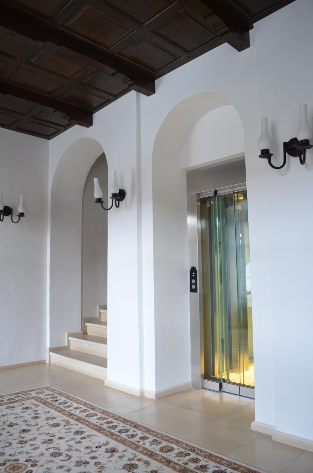 Ascensor panoramic - Hotel ALBA IULIA ELMAS - Poza 2