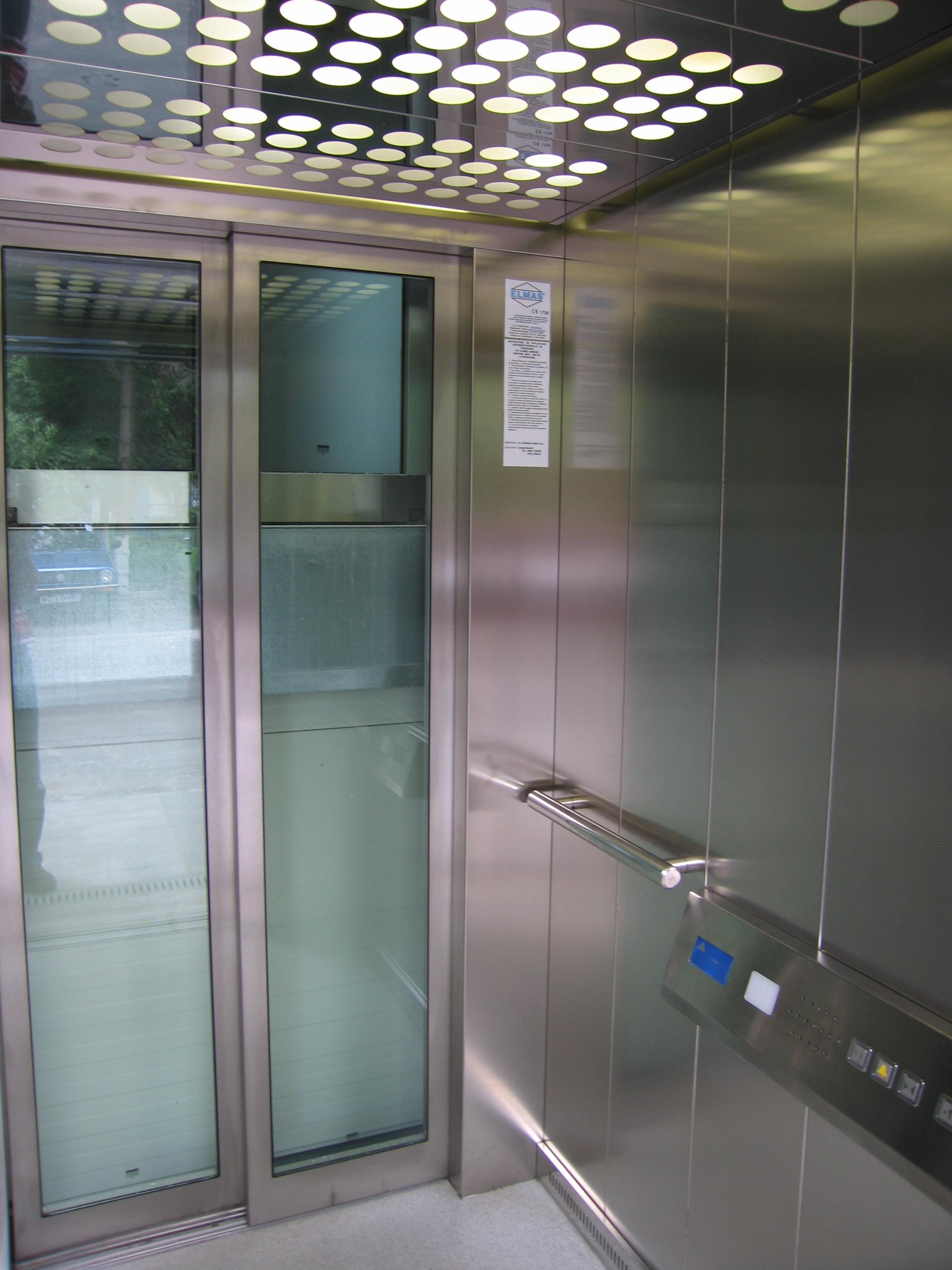 Ascensor panoramic - Clinica Medicala - BRASOV ELMAS - Poza 1