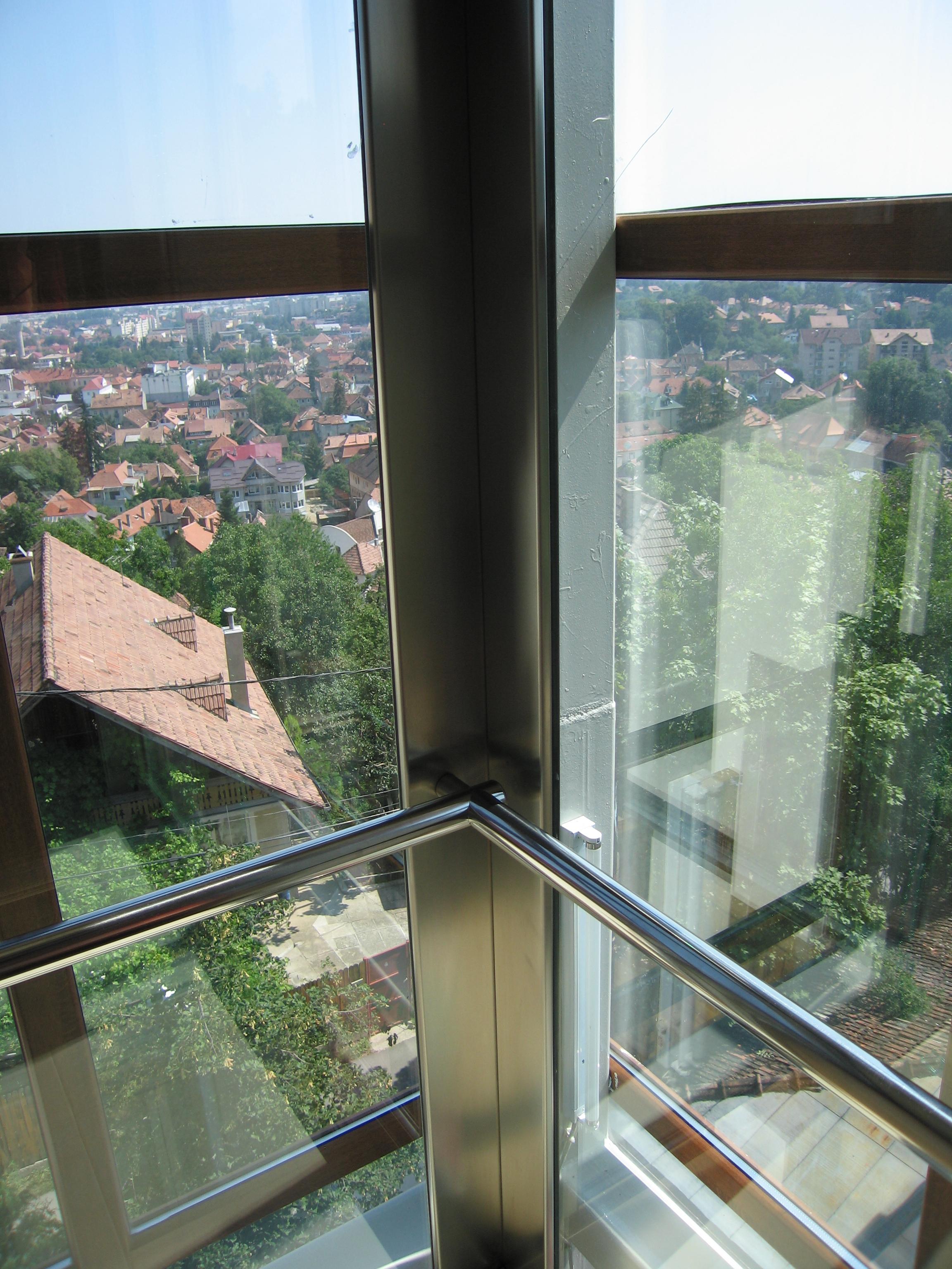 Ascensor panoramic - Hotel - BRASOV ELMAS - Poza 2
