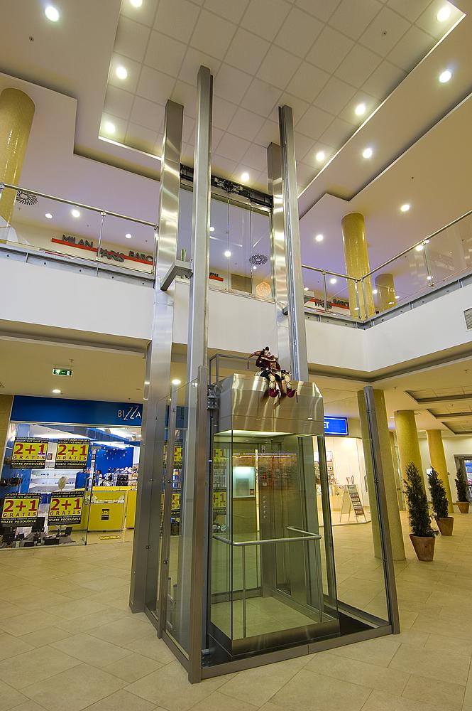 Ascensor panoramic - Mall - BRASOV ELMAS - Poza 1