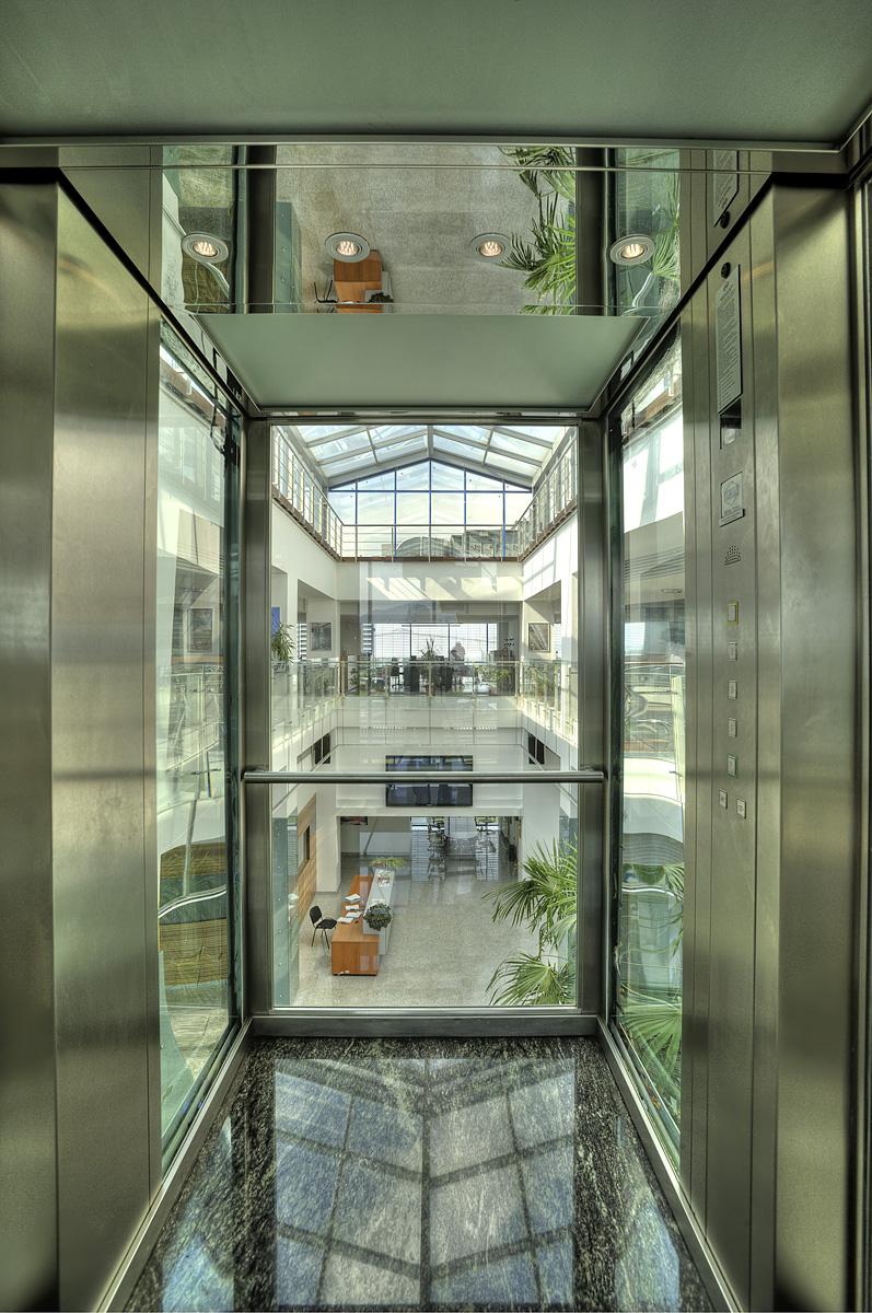 Ascensor panoramic - Sediu birouri - BRASOV ELMAS - Poza 1
