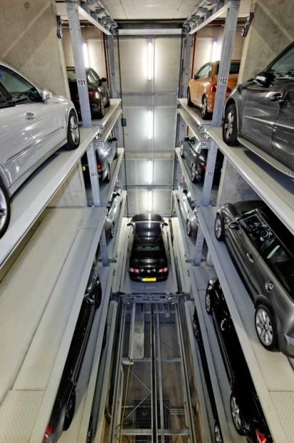 Functionarea sistemului de parcare pe 2 coloane PARKSAFE 582 Sistem de parcare - Luxemburg