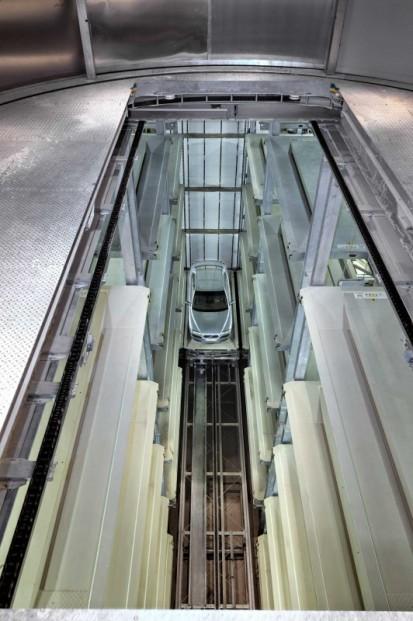 Functionarea sistemului de parcare pe 3 coloane PARKSAFE 583 Sistem de parcare