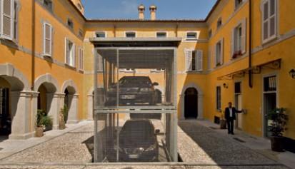 Exemplu de utilizare a sistemului de parcare - detaliu Sistem de parcare - Crema - Italia