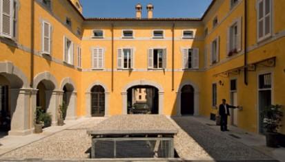 Utilizarea sistemului de parcare  Sistem de parcare - Crema - Italia
