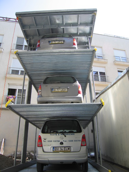 Parklift 463 Bucuresti - cu 3 autoturisme detaliu Sistem de parcare - Cladire de birouri -