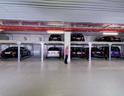 Utilizarea sistemului de parcare cu 2 niveluri COMBILIFT 551 Sisteme de parcare - Salzufer - Berlin