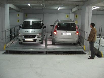 Exemplu de utilizare a sistemului de parcare cu platforme inclinate PARKLIFT 340 Sisteme de parcare -