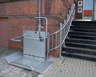 Elevatoare pentru persoane cu dizabilitati locomotorii