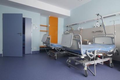 Usa medicala de salon vazuta de aproape TORMED S Usa batanta pentru saloane medicale