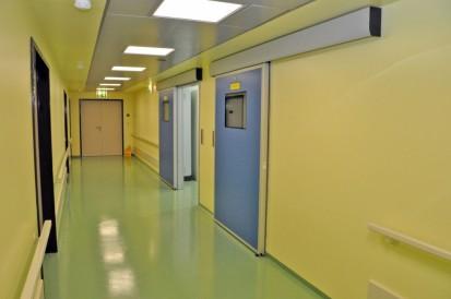 Saloane de spital cu usi perfect ermetice Kadra TORMED  ER  Usi de spital ermetice automate