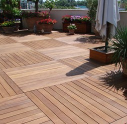 Deck-uri din lemn pentru pardoseli de exterior ECOLEMN