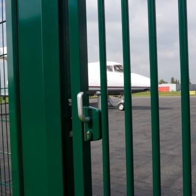 LOCINOX Opritor pentru porti glisante -1 -  Accesorii pentru porti metalice batante si