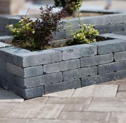 Jardiniere din beton pentru terasa si gradina ELIS PAVAJE
