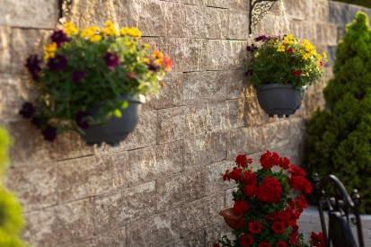 Detaliu - Bloc de zid cafe Premium Blocuri de zid