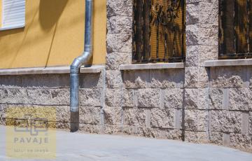 Placi de soclu Plcile de soclu de la Elis sunt elemente decorative care intregesc designul casei Dumneavoastra.