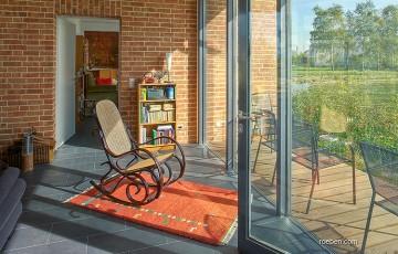 Caramida aparenta klinker pentru placari exterioare si interioare GEPLAST comercializeaza o gama larga de culori si texturi pentru caramida aparenta ce se poate utiliza la placari exterioare sau interioare.