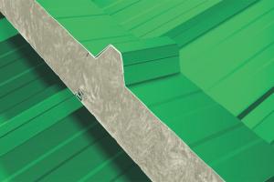 Sisteme de panouri sandwich izolatoare pentru acoperis Panourile sandwich izolatoare Kingspan se fabrica din materiale de cea mai inalta calitate prin folosirea de mijloace moderne de productie conform normelor IS09001:2000.