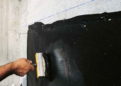 Hidroizolatie bituminoasa pentru impermeabilizarea la rece a fundatiilor masive din beton MAPEI