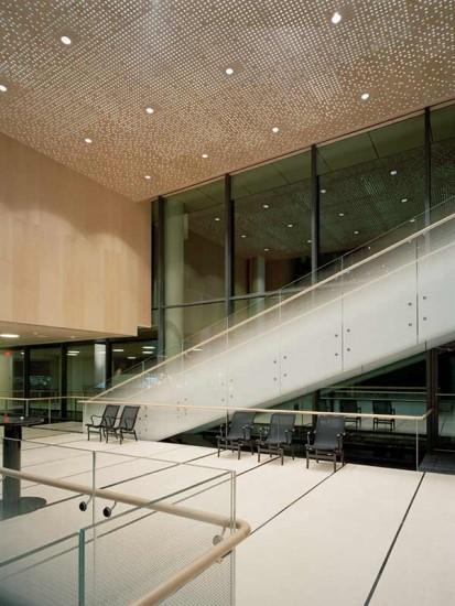 Panouri fonoabsorbante Gustafs - in zona scarilor unei cladiri Gustafs Panouri fonoabsorbante