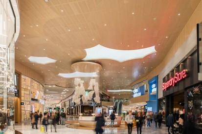 Panouri fonoabsorbante Gustafs utilizate intr-un mall Gustafs Panouri fonoabsorbante