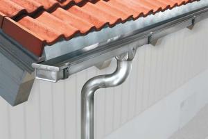Jgheaburi, burlane si accesorii pentru evacuare ape Pe plan European ZAMBELLI detine sortimentul cel mai bogat si diversificat de accesorii pentru sisteme de drenaj al apei de pe acoperis.