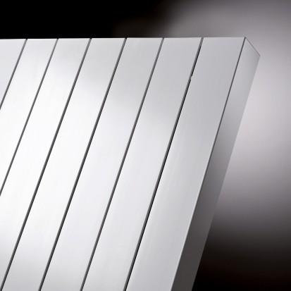 Calorifer vertical decorativ din aluminiu Zaros - detaliu ZAROS V75/ V100 Calorifere verticale decorative din aluminiu