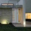 Usi de exterior din lemn-aluminiu |