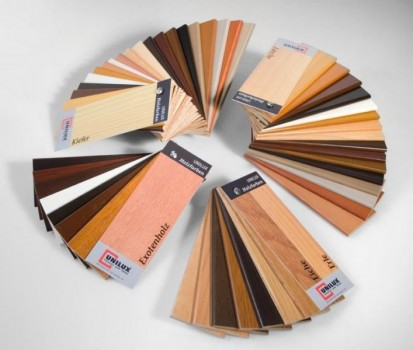 Paletar usi de exterior Usi de exterior din lemn-aluminiu