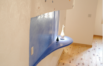 Tencuieli decorative pentru spatii interioare Tencuielile decorative KREIDEZEIT au utilizare multipla, cu o capacitate de aderare imbunatatita, recomandata pentru zonele interioare.