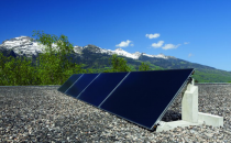 Panouri solare pentru apa calda menajera si incalzire Panouri solare termice plane subtiri HOVAL, disponibile pentru apa calda si/sau aport la sistemul de incalzire.