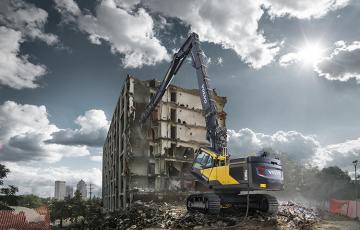 Echipamente pentru demolare Echipamentele Volvo Standard Demolition - Construite pentru conditii extreme, robuste, sigure si versatile.