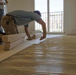 Adezivi elastici pentru lipirea parchetului si a pardoselilor din lemn SIKA
