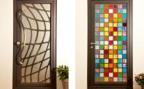 Usi metalice de exterior personalizate Atelierul nostru realizeaza la comanda usi metalice de exterior personalizate.