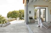 Gresie pentru exterior Gresia de exterior REX se diferentiaza printr-un stil liber si potrivit pentru o gama larga de situatii.