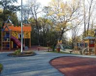 Amenajari locuri de joaca Spatiul de joaca este necesar pentru crearea unui mediu propice pentru stimularea