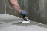 Hidroizolatie flexibila sub placari pentru exterior
