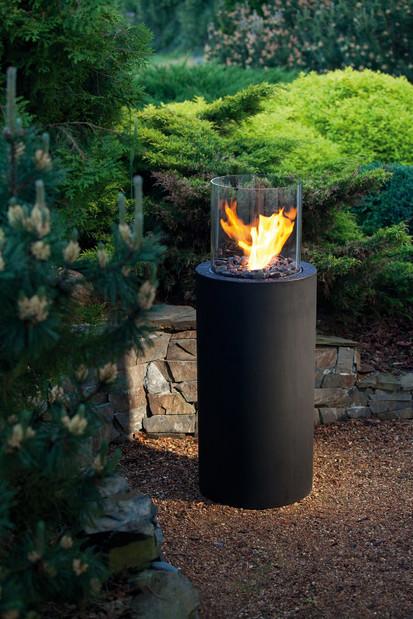 Seminee pe bioetanol pentru exterior si interior / Totem Commerce in garden