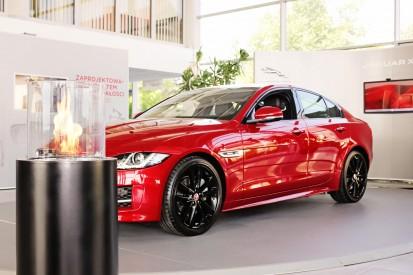 Seminee pe bioetanol pentru exterior si interior / Totem Commerce, Jaguar XE premiere, Poland_5