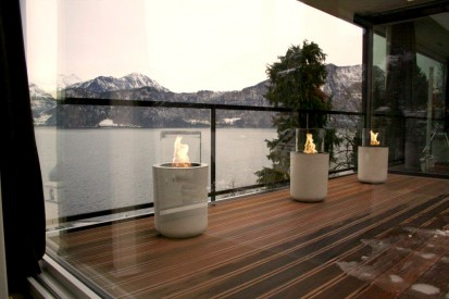 Seminee pe bioetanol pentru exterior si interior / Jar Commerce, Private Residence, mountain view right