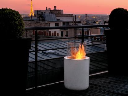 Seminee pe bioetanol pentru exterior si interior / Jar Commerce, Private Residence, Paris, France